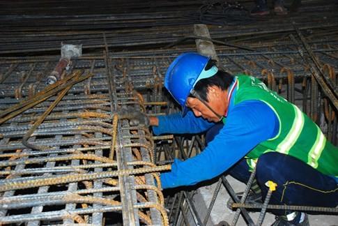 Cận cảnh Metro đầu tiên dưới lòng đất... Sài Gòn - ảnh 15