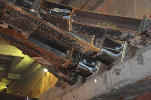 Cận cảnh Metro đầu tiên dưới lòng đất... Sài Gòn - ảnh 3