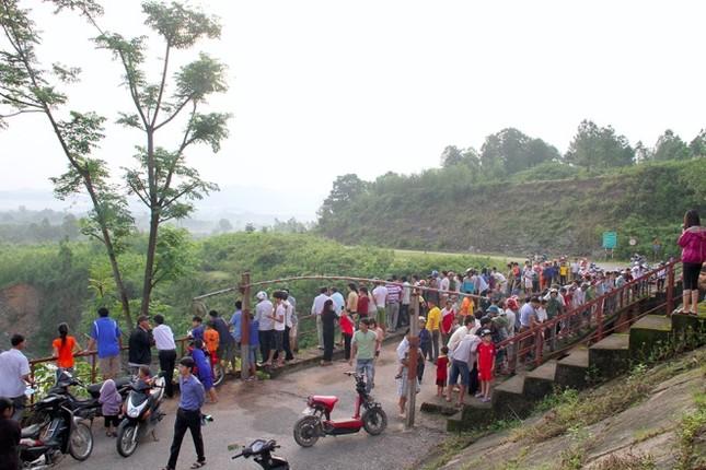 Hà Tĩnh xả tràn hồ Kẻ Gỗ, sẵn sàng sơ tán 2.000 dân - ảnh 2