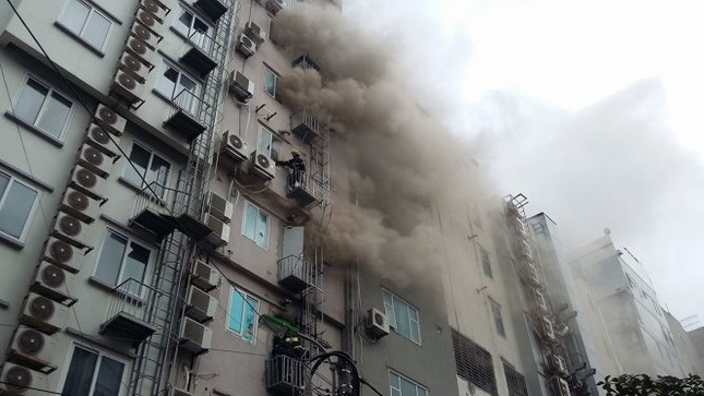 Thủ tướng chỉ đạo khẩn trương tìm kiếm người trong đám cháy - ảnh 15