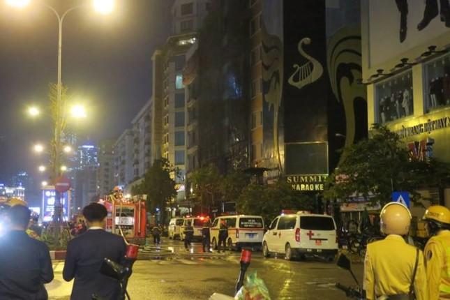 Thủ tướng chỉ đạo khẩn trương tìm kiếm người trong đám cháy - ảnh 9