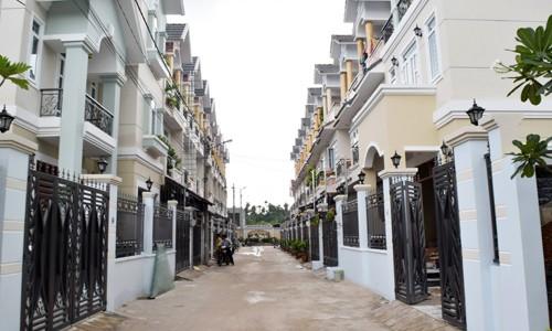 Nhà xây sẵn Sài Gòn tăng nhiệt - ảnh 1