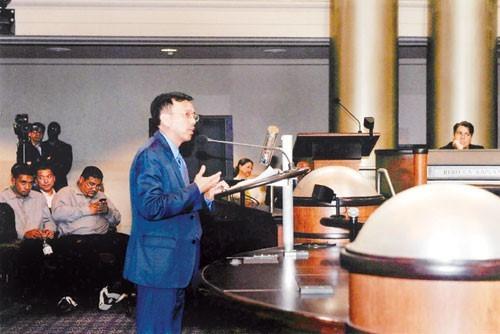 'Vua rác' David Dương và vụ mất hợp đồng tỷ đô ở Mỹ - ảnh 1