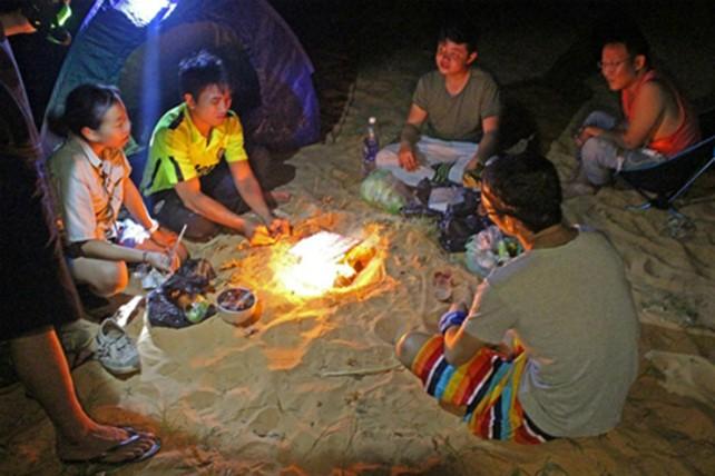 Trekking qua những đồi cát tuyệt đẹp ở Bình Thuận - ảnh 3