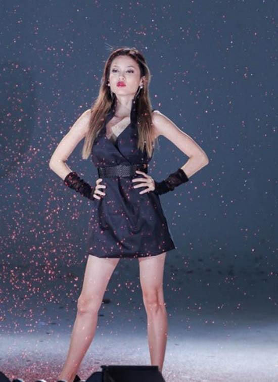 Cô gái thấp kỷ lục VN's Next Top Model được chọn vào top 4 - ảnh 1