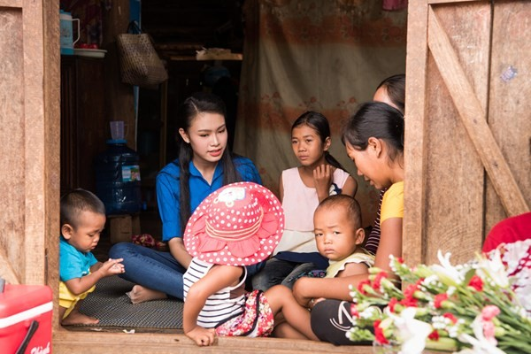 'Nggười đẹp truyền thông' Ngọc Vân tiếp nối dự án nhân ái ở Tây Nguyên - ảnh 9