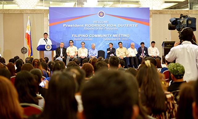 Ông Duterte tuyên bố Philippines - Mỹ sẽ chấm dứt tập trận chung - ảnh 1