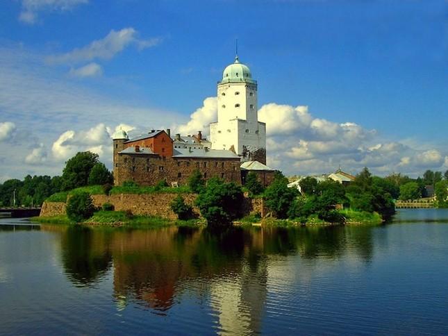 Những lâu đài đẹp nhất thế giới - ảnh 9