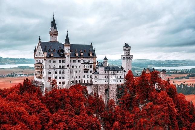 Những lâu đài đẹp nhất thế giới - ảnh 2