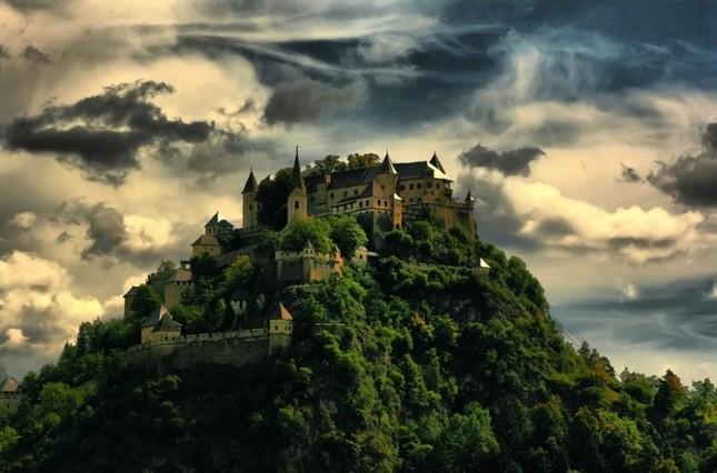 Những lâu đài đẹp nhất thế giới - ảnh 4