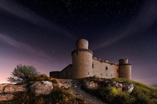 Những lâu đài đẹp nhất thế giới - ảnh 5