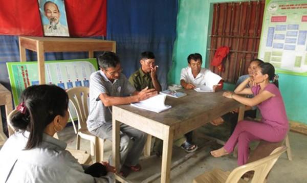 Hậu cứu trợ lũ lụt miền Trung: Khi trưởng thôn đứng ra điều phối - ảnh 1