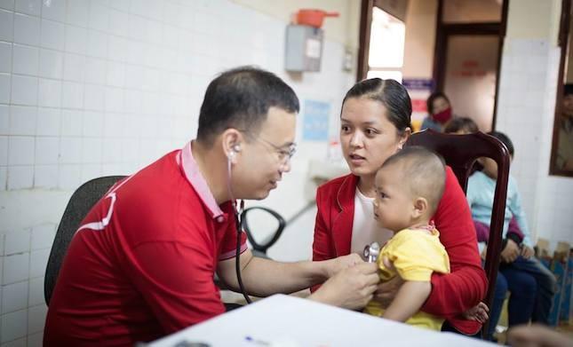Công bố đầu số nhắn tin cứu trẻ em nghèo mắc bệnh tim bẩm sinh - ảnh 1