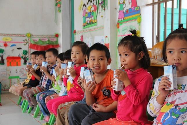 Chương trình 'Sữa học đường – vì tầm vóc Việt' có 'Bà mẹ xã hội' - ảnh 2