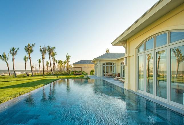 Phòng khách sạn 5 sao giá 1,8 triệu đồng dịp Tết dương lịch - ảnh 1
