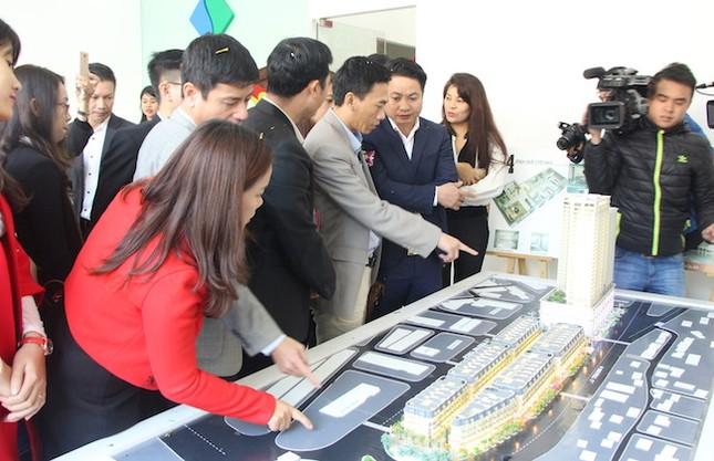 Siêu thị dự án BĐS 'tấn công' thị trường Quảng Ninh - ảnh 3