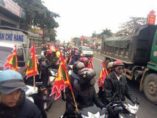 Một số giáo dân ở Quỳnh Lưu bị kích động tụ tập - ảnh 1