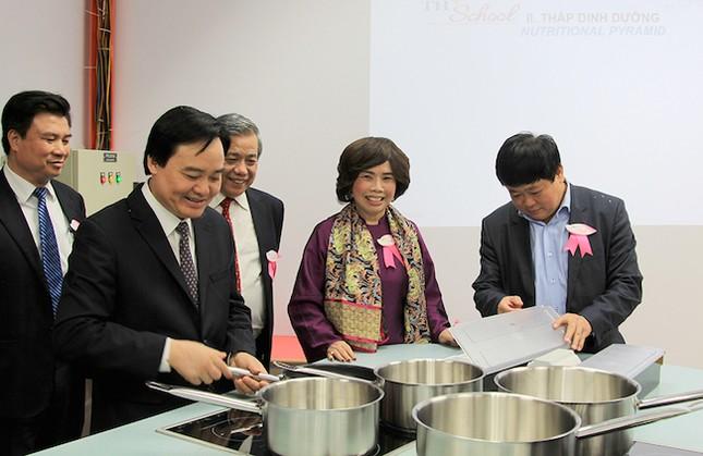 Bộ trưởng Nhạ đặt niềm tin 'TH School sẽ là cơ sở giáo dục hàng đầu Việt Nam' - ảnh 3