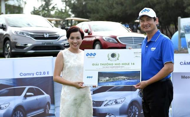 Cú hole-in-one 7 tỷ tại FLC Golf Championship 2017 - ảnh 1