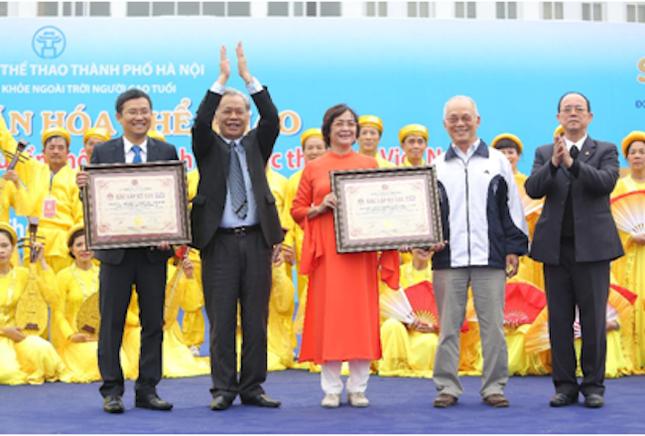 Vinamilk xác lập kỷ lục đồng diễn thể dục dưỡng sinh đông nhất Việt Nam - ảnh 1