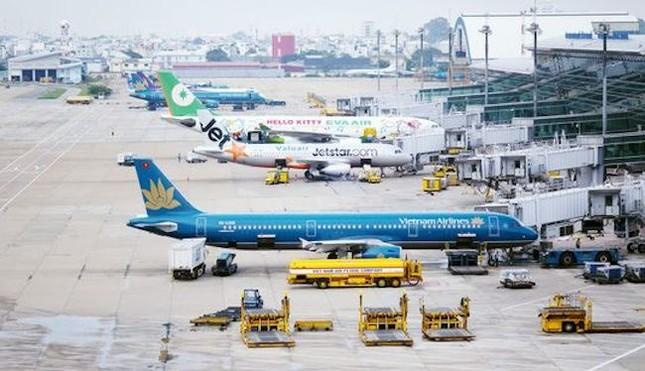 Áp giá sàn vé máy bay: Sẽ xin ý kiến Thủ tướng Chính phủ - ảnh 1