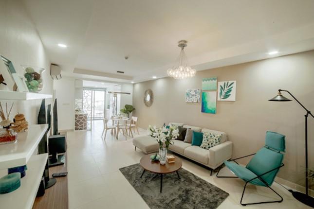 Xếp hàng bốc thăm mua căn hộ T&T Riverview - ảnh 2