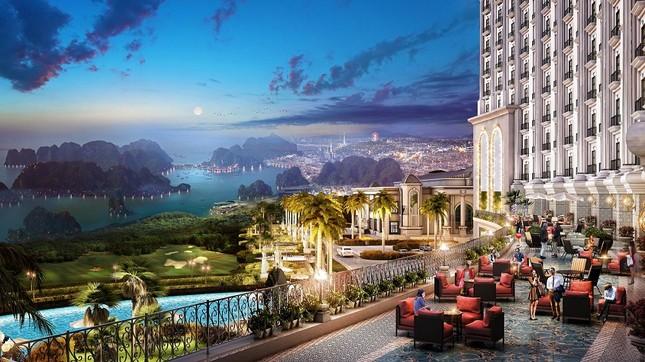 Lộ diện khách sạn trên cao có 'view' tuyệt mỹ ngắm Vịnh Hạ Long    - ảnh 1