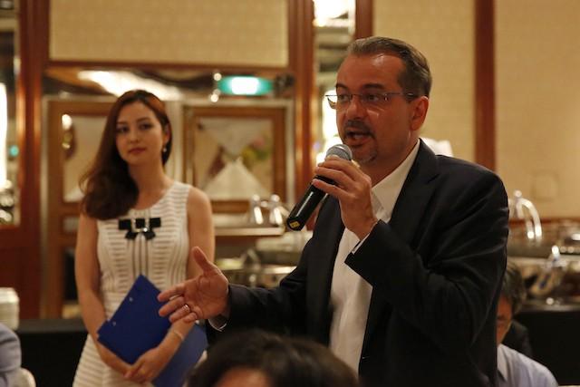 FLC sẽ niêm yết trên sàn chứng khoán Singapore và xây Sentosa ở Việt Nam    - ảnh 1
