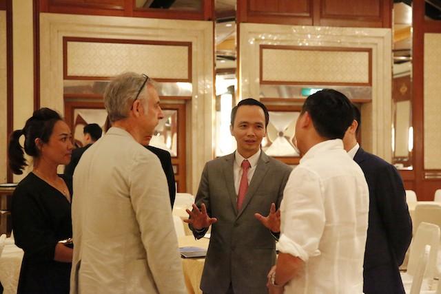 FLC sẽ niêm yết trên sàn chứng khoán Singapore và xây Sentosa ở Việt Nam    - ảnh 3