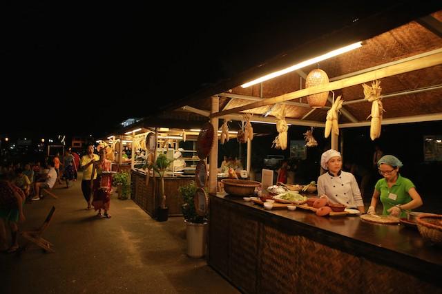 Lễ hội văn hoá Lào tại FLC Sầm Sơn thu hút 2.000 khách - ảnh 2