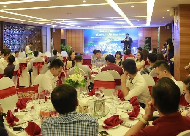 'Lộ diện' nhà đầu tư trúng hai siêu xe khi mua Villa FLC Hạ Long - ảnh 1