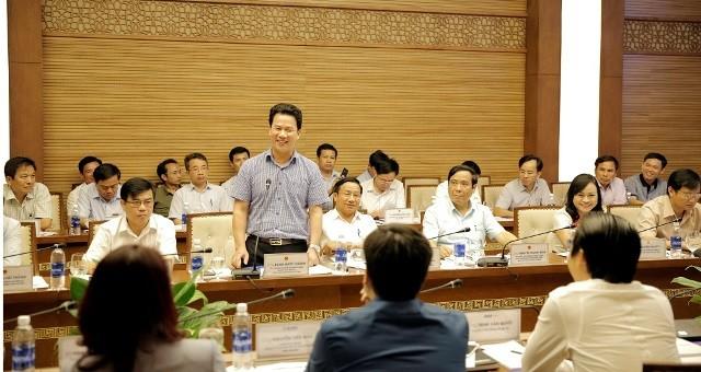 Chủ tịch Hà Tĩnh kêu gọi FLC sớm triển khai dự án trên địa bàn tỉnh - ảnh 1
