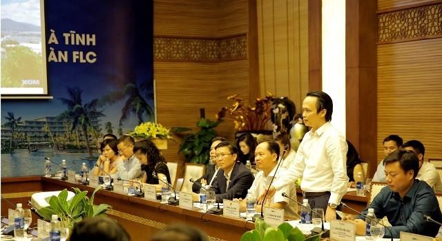Chủ tịch Hà Tĩnh kêu gọi FLC sớm triển khai dự án trên địa bàn tỉnh - ảnh 2
