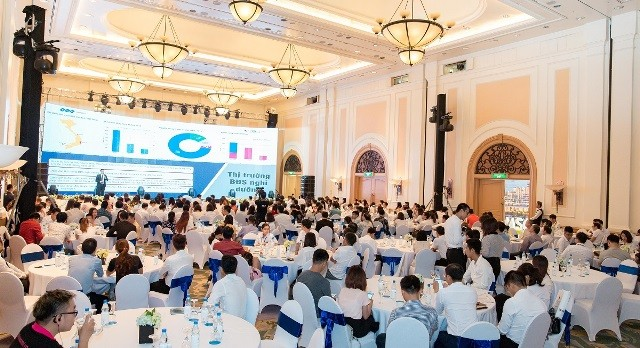 Jennifer Phạm mua Condotel FLC Grand Hotel Sầm Sơn - ảnh 1