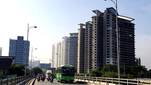 Nước ngoài đổ hàng trăm triệu USD mua nhà đất Việt Nam - ảnh 1