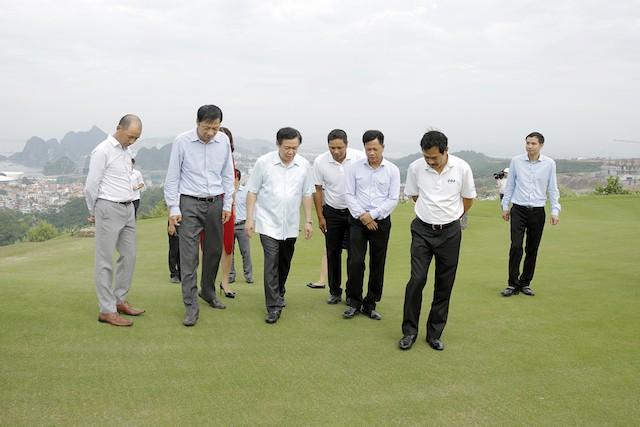 Phó Thủ tướng Vương Đình Huệ thị sát nhiều dự án tại Quảng Ninh - ảnh 1