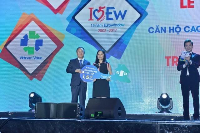 Eurowindow đón nhận Huân chương Lao động hạng nhì - ảnh 3