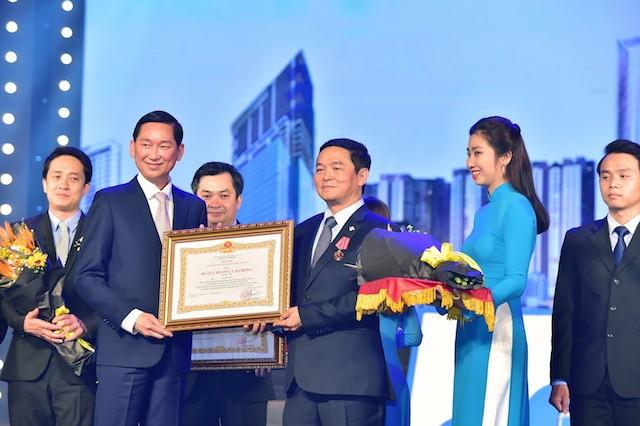 Tập đoàn Xây dựng Hòa Bình đón nhận Huân chương Lao động hạng Nhì - ảnh 3