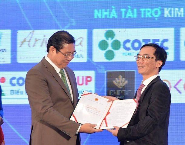 Thủ tướng cắt băng khánh thành Trung tâm hội nghị quốc tế lớn nhất Việt Nam - ảnh 6