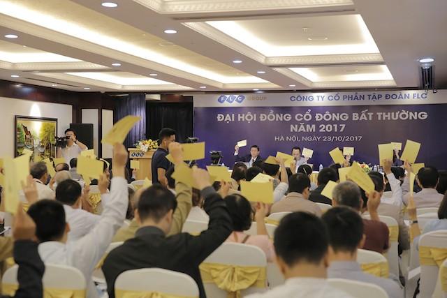 Ông Trịnh Văn Quyết sẽ mua thêm 37 triệu cổ phiếu, nâng sở hữu tại FLC lên 30,12% - ảnh 2