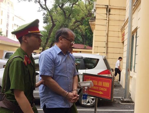 Hà Văn Thắm: Tổng giám đốc Sơn bị kiểm soát tại OceanBank - ảnh 2