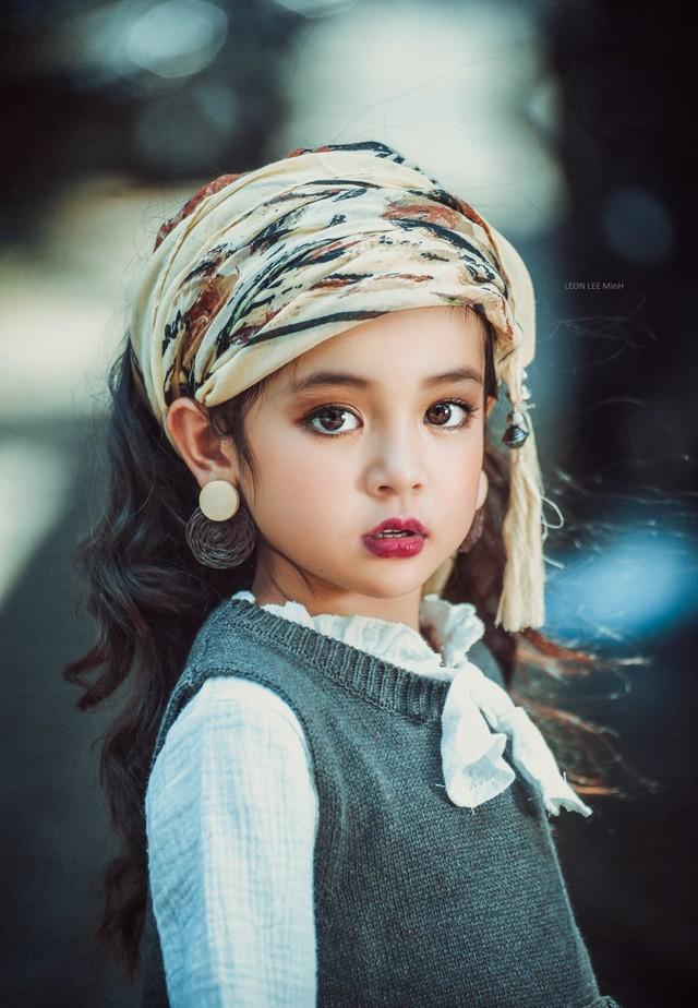 Khó rời mắt khỏi vẻ đẹp cuốn hút của bé gái Hà Nội - ảnh 2