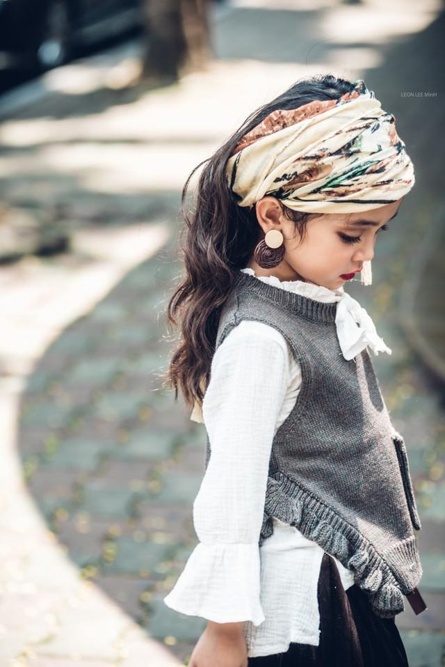 Khó rời mắt khỏi vẻ đẹp cuốn hút của bé gái Hà Nội - ảnh 3