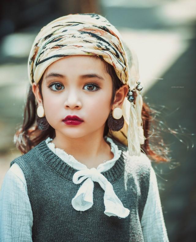 Khó rời mắt khỏi vẻ đẹp cuốn hút của bé gái Hà Nội - ảnh 4