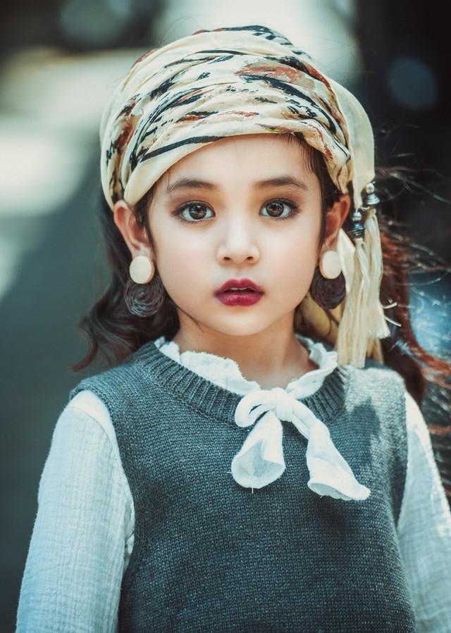 Khó rời mắt khỏi vẻ đẹp cuốn hút của bé gái Hà Nội - ảnh 5