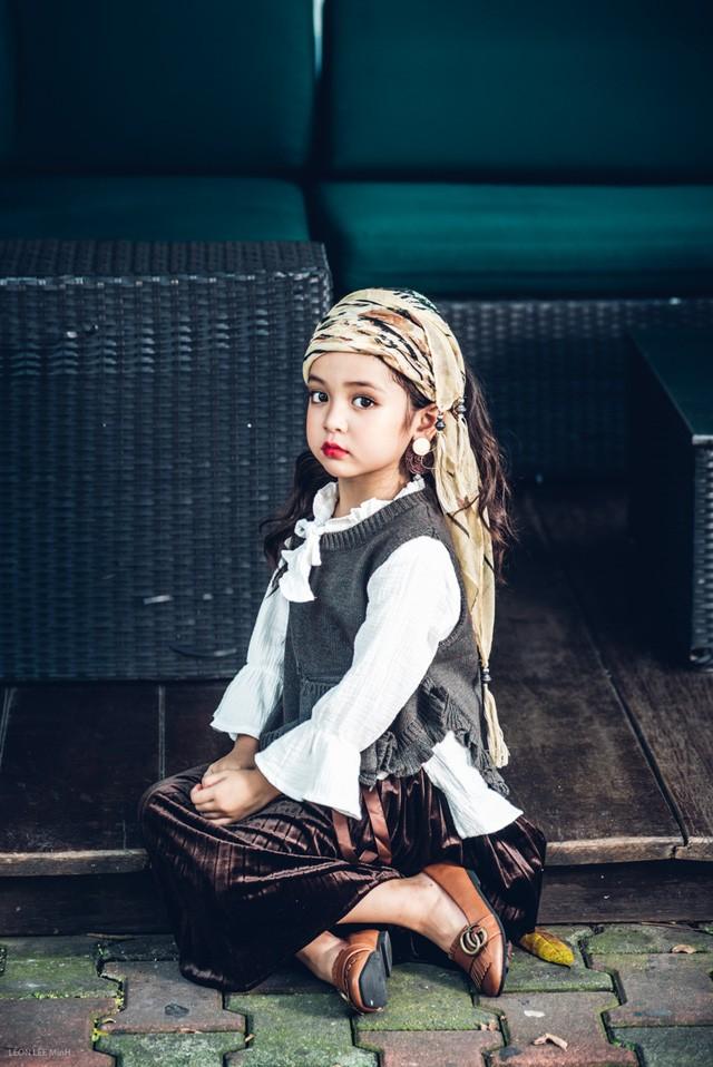 Khó rời mắt khỏi vẻ đẹp cuốn hút của bé gái Hà Nội - ảnh 9