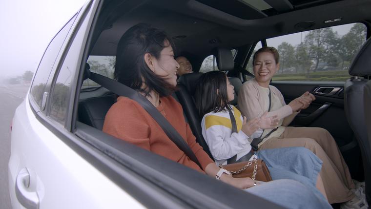 Nên chọn xe nào để một đại gia đình có thể cùng đi dã ngoại ảnh 2